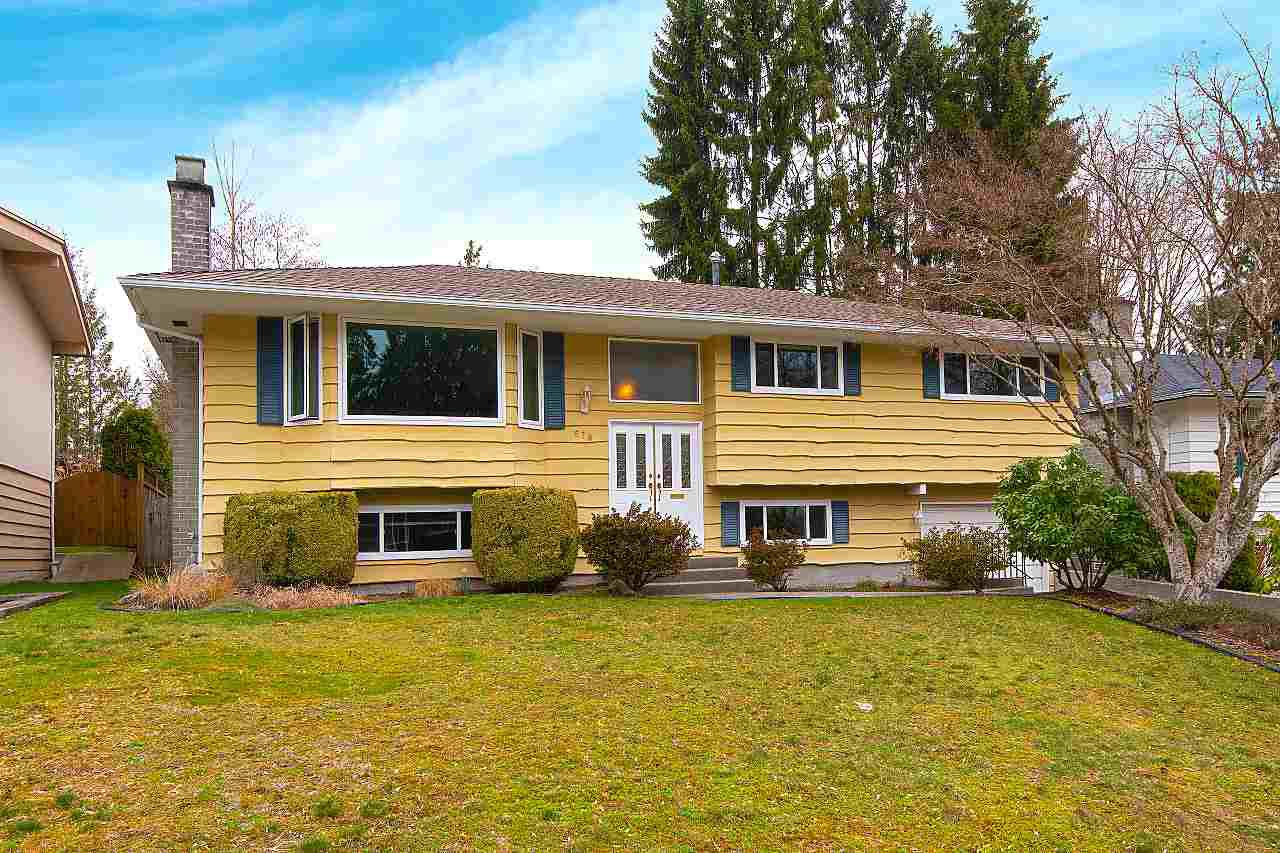 """Main Photo: 570 FORESS Drive in Port Moody: Glenayre House for sale in """"GLENAYRE"""" : MLS®# R2352837"""