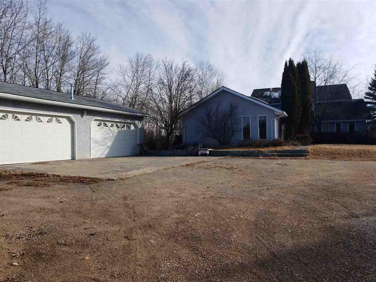Main Photo: 35 52420 RANGE ROAD 13: Rural Parkland County House for sale : MLS®# E4151156