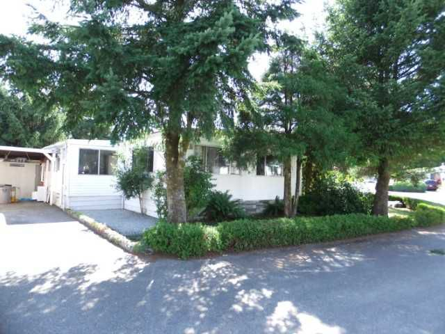 """Main Photo: 19678 PONDERSOSA Place in Pitt Meadows: Central Meadows Manufactured Home for sale in """"MEADOW HIGHLAND"""" : MLS®# V921386"""
