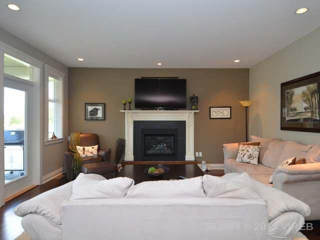 Photo 12: Photos: 2564 MCCLAREN ROAD in MILL BAY: House for sale : MLS®# 352894