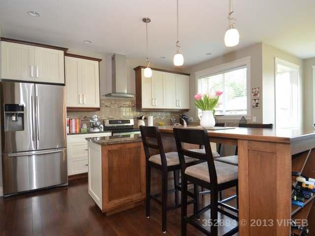 Photo 8: Photos: 2564 MCCLAREN ROAD in MILL BAY: House for sale : MLS®# 352894