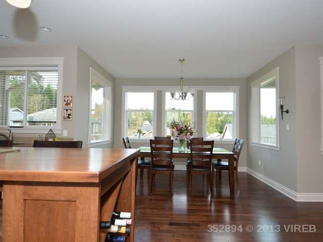 Photo 9: Photos: 2564 MCCLAREN ROAD in MILL BAY: House for sale : MLS®# 352894