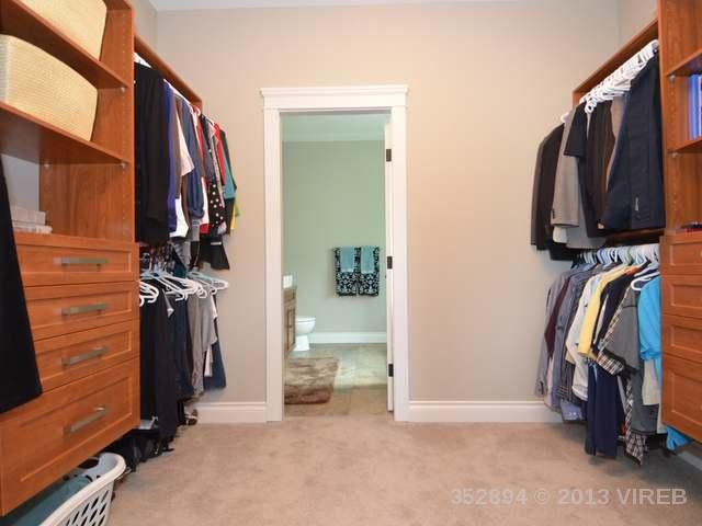 Photo 17: Photos: 2564 MCCLAREN ROAD in MILL BAY: House for sale : MLS®# 352894