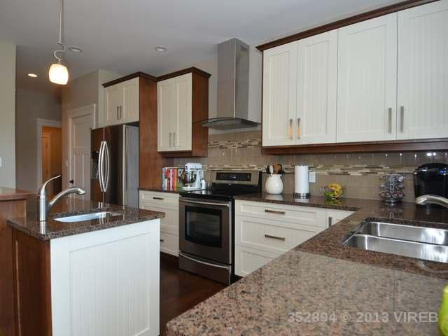 Photo 7: Photos: 2564 MCCLAREN ROAD in MILL BAY: House for sale : MLS®# 352894