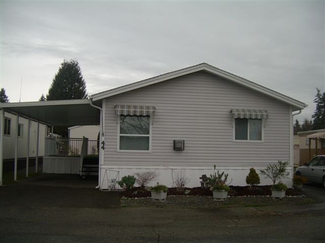"""Main Photo: 44 4426 232ND Street in Langley: Salmon River Manufactured Home for sale in """"Westfield Court"""" : MLS®# F1323501"""