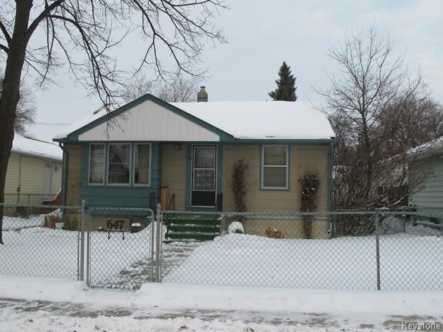 Main Photo:  in WINNIPEG: East Kildonan Residential for sale (North East Winnipeg)  : MLS®# 1325656