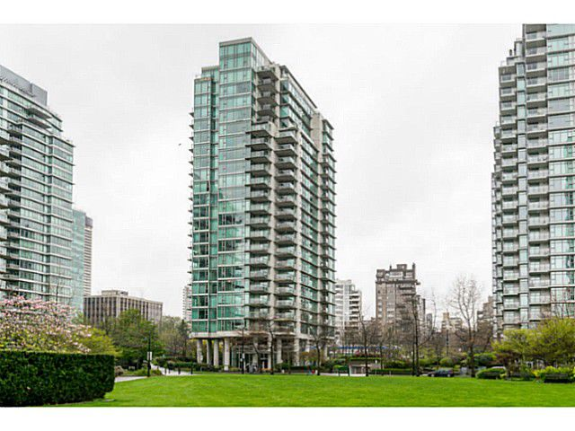 """Main Photo: 504 1680 BAYSHORE Drive in Vancouver: Coal Harbour Condo for sale in """"BAYSHORE GARDENS"""" (Vancouver West)  : MLS®# V1059517"""