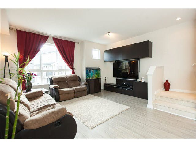 """Photo 8: Photos: 48 10489 DELSOM Crescent in Delta: Nordel Townhouse for sale in """"Eclipse"""" (N. Delta)  : MLS®# F1451244"""