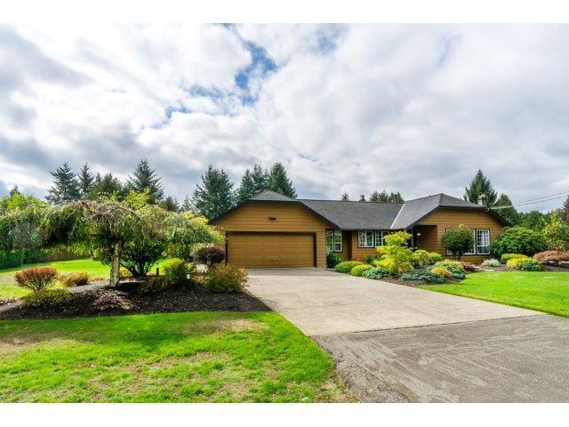"Main Photo: 24944 59 Avenue in Langley: Salmon River House for sale in ""SALMON RIVER"" : MLS®# R2002988"