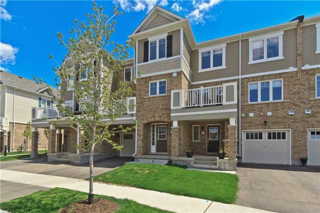 Main Photo: 989 Nadalin Heights in Milton: Willmont House (3-Storey) for sale : MLS®# W3497198