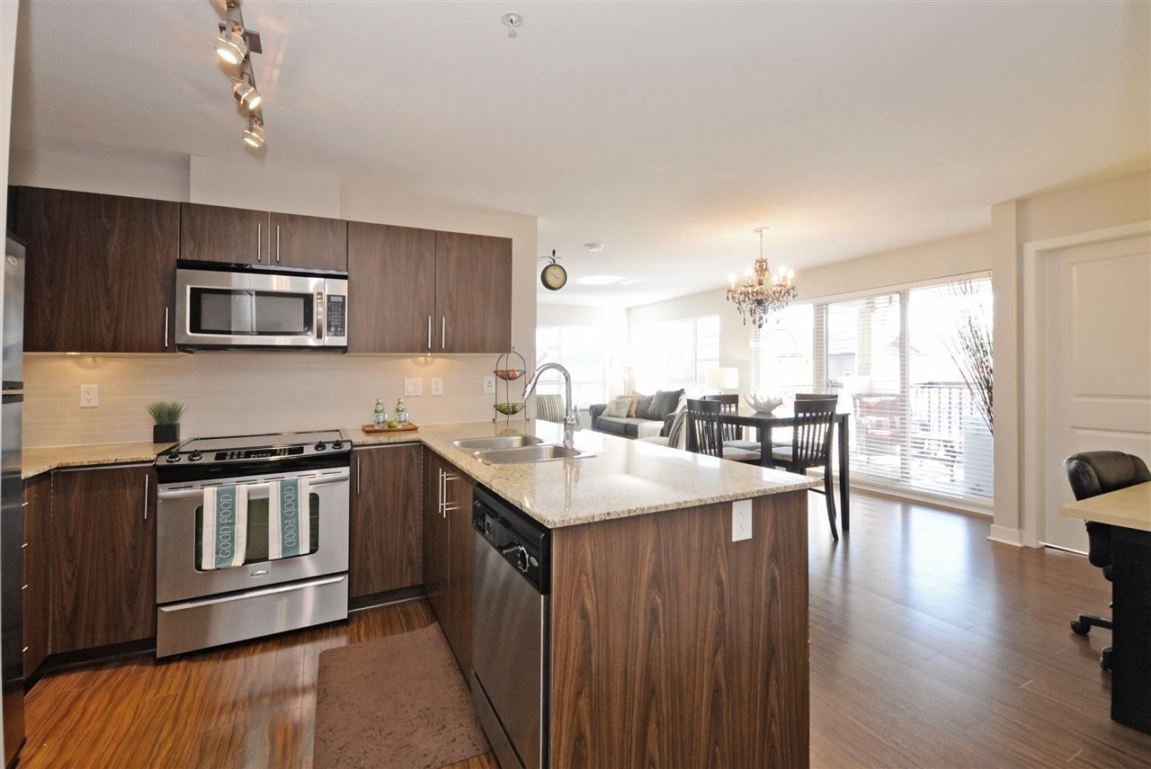 "Main Photo: 415 8915 202 Street in Langley: Walnut Grove Condo for sale in ""HAWTHORNE"" : MLS®# R2217261"