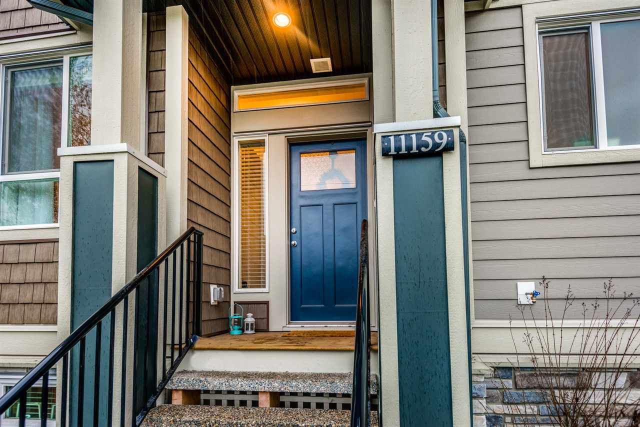 "Main Photo: 11159 240 Street in Maple Ridge: Cottonwood MR Condo for sale in ""CLIFFSTONE ROW HOMES"" : MLS®# R2236042"