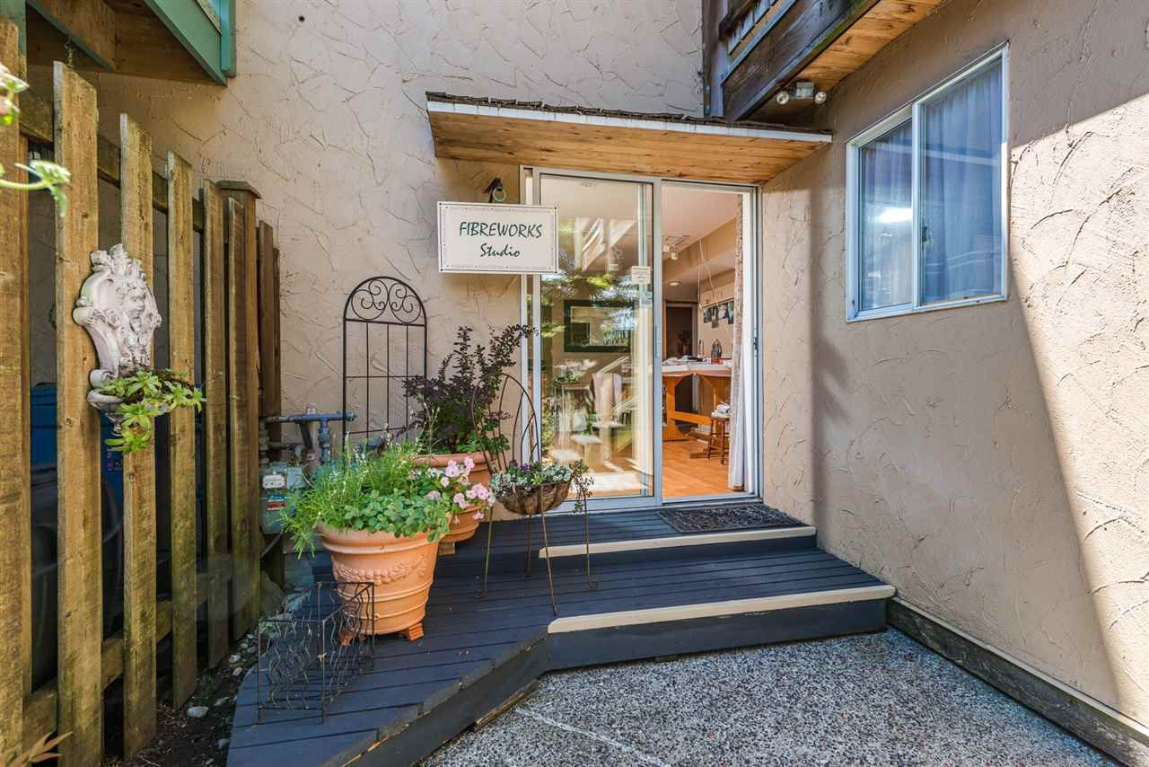 Photo 19: Photos: 1196 DEEP COVE Road in North Vancouver: Deep Cove Townhouse for sale : MLS®# R2279421