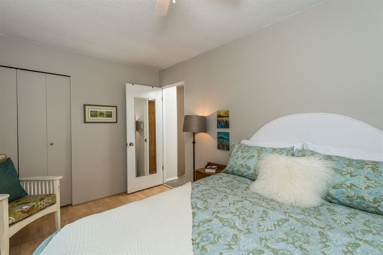 Photo 17: Photos: 1196 DEEP COVE Road in North Vancouver: Deep Cove Townhouse for sale : MLS®# R2279421