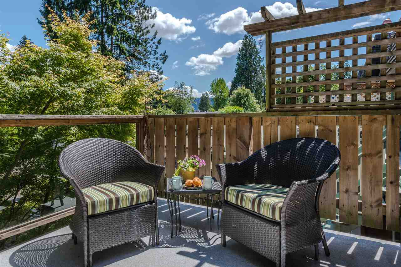 Photo 10: Photos: 1196 DEEP COVE Road in North Vancouver: Deep Cove Townhouse for sale : MLS®# R2279421