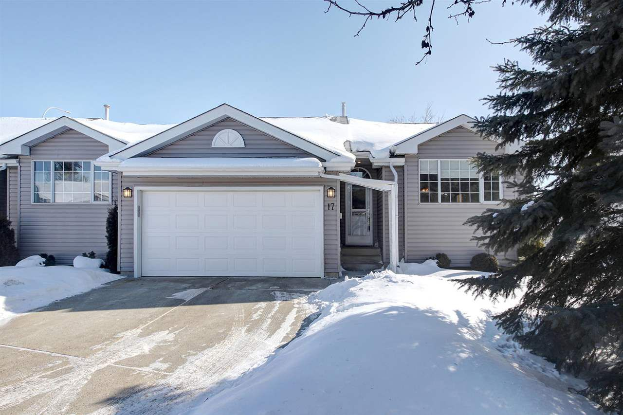 Main Photo: 17 20 DEERBOURNE Drive: St. Albert Townhouse for sale : MLS®# E4145834