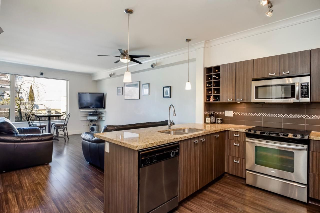 """Main Photo: 208 709 TWELFTH Street in New Westminster: Moody Park Condo for sale in """"SHIFT"""" : MLS®# R2367501"""