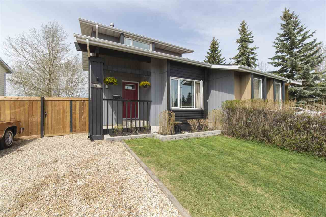 Main Photo: 3708 Hillview Crescent in Edmonton: Zone 29 House Half Duplex for sale : MLS®# E4156155