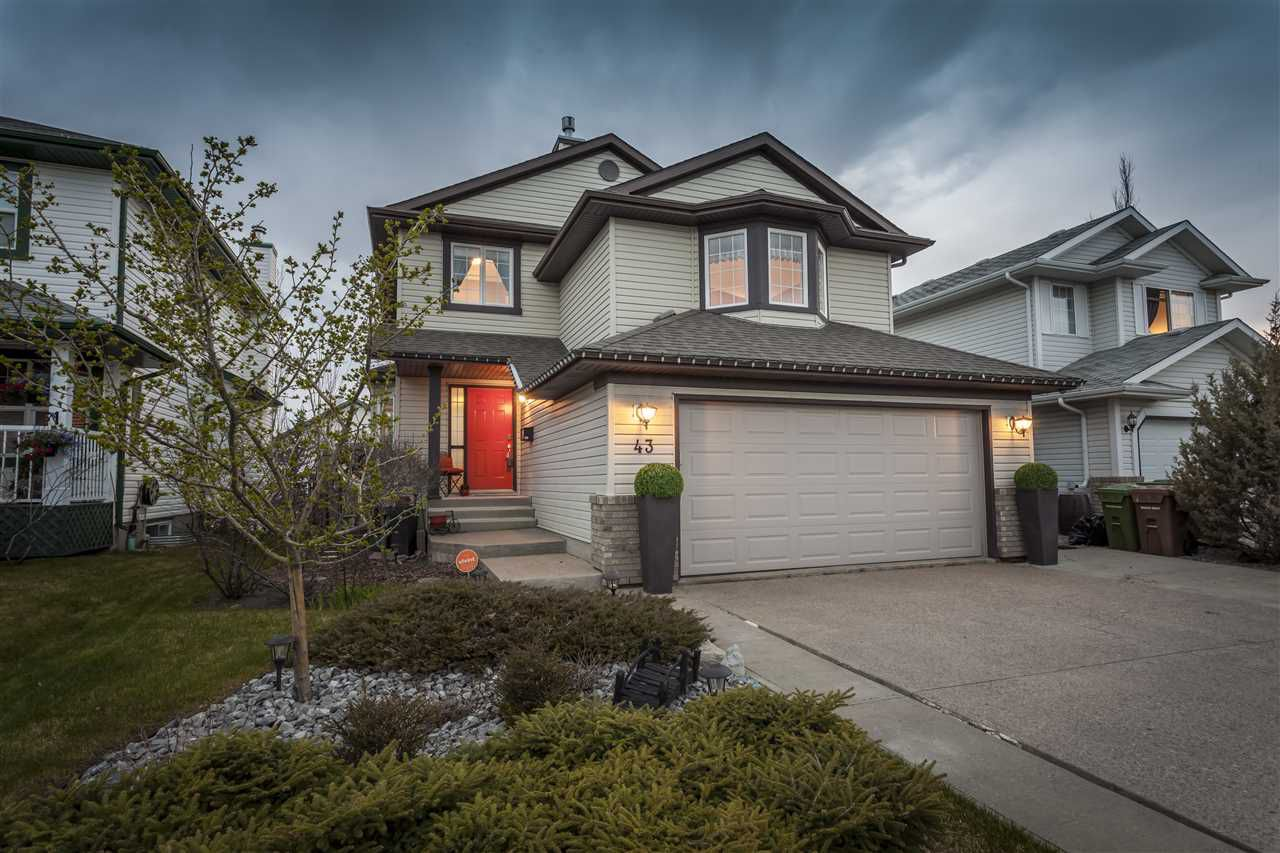 Main Photo: 43 NEWPORT Crescent: St. Albert House for sale : MLS®# E4156489