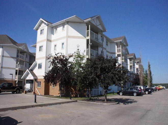 Main Photo: 405 9932 100 Avenue: Fort Saskatchewan Condo for sale : MLS®# E4161935