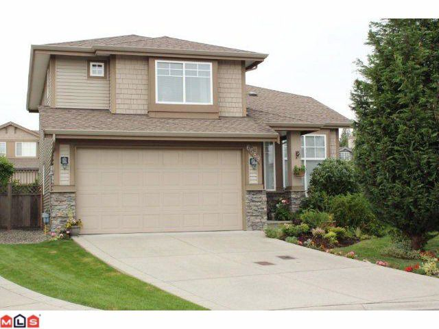 """Main Photo: 6589 207TH Street in Langley: Willoughby Heights House for sale in """"BERKSHIRE"""" : MLS®# F1121575"""