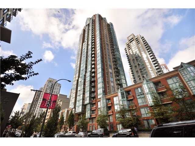 "Main Photo: 2908 939 HOMER Street in Vancouver: Yaletown Condo for sale in ""THE PINNACLE"" (Vancouver West)  : MLS®# V910443"