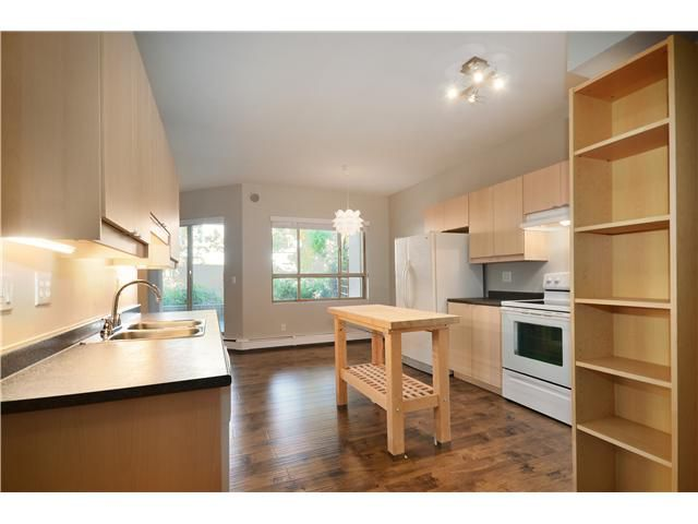 """Main Photo: 119 2109 ROWLAND Street in Port Coquitlam: Central Pt Coquitlam Condo for sale in """"PARKVIEW PLACE"""" : MLS®# V1032470"""