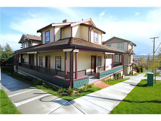 "Main Photo: 5 307 BEGIN Street in Coquitlam: Maillardville Townhouse for sale in ""LAVAL VILLAS"" : MLS®# V1037350"