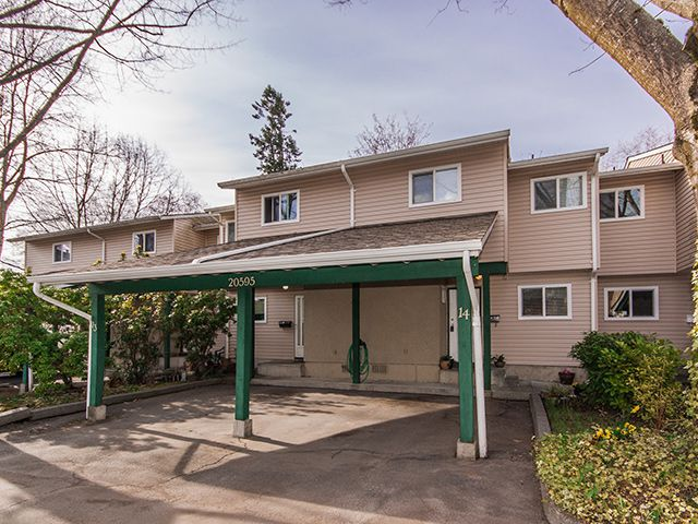 "Main Photo: 14 20595 51A Avenue in Langley: Langley City Townhouse for sale in ""Forest View"" : MLS®# F1407190"