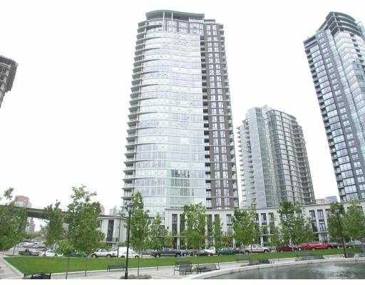 "Main Photo: 605 583 BEACH CR in Vancouver: False Creek North Condo for sale in ""PARK WEST II"" (Vancouver West)  : MLS®# V542653"