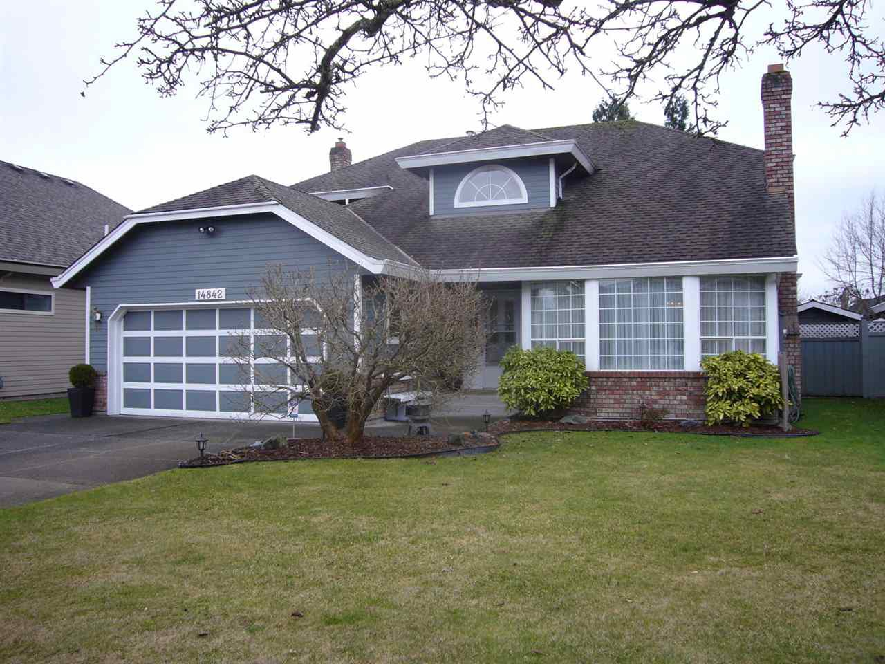 """Main Photo: 14842 21A Avenue in Surrey: Sunnyside Park Surrey House for sale in """"MERIDIAN BY THE SEA"""" (South Surrey White Rock)  : MLS®# R2026662"""