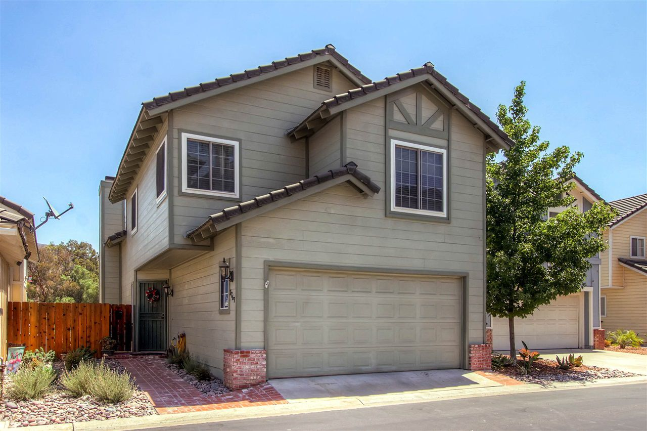 Main Photo: EL CAJON House for sale : 3 bedrooms : 2767 Blackbush Ln