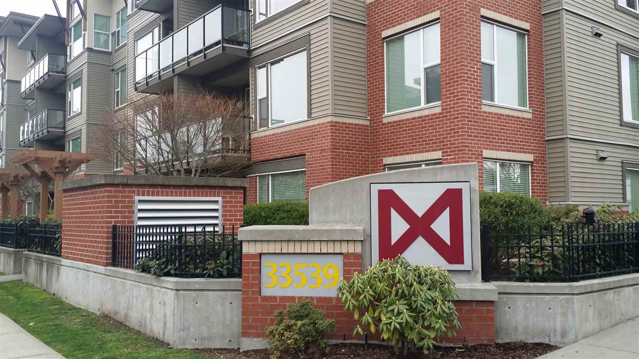 """Main Photo: 201 33538 MARSHALL Road in Abbotsford: Central Abbotsford Condo for sale in """"The Crossing"""" : MLS®# R2159862"""