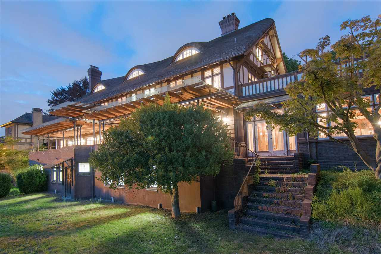 Main Photo: 5055 CONNAUGHT Drive in Vancouver: Shaughnessy House for sale (Vancouver West)  : MLS®# R2186245