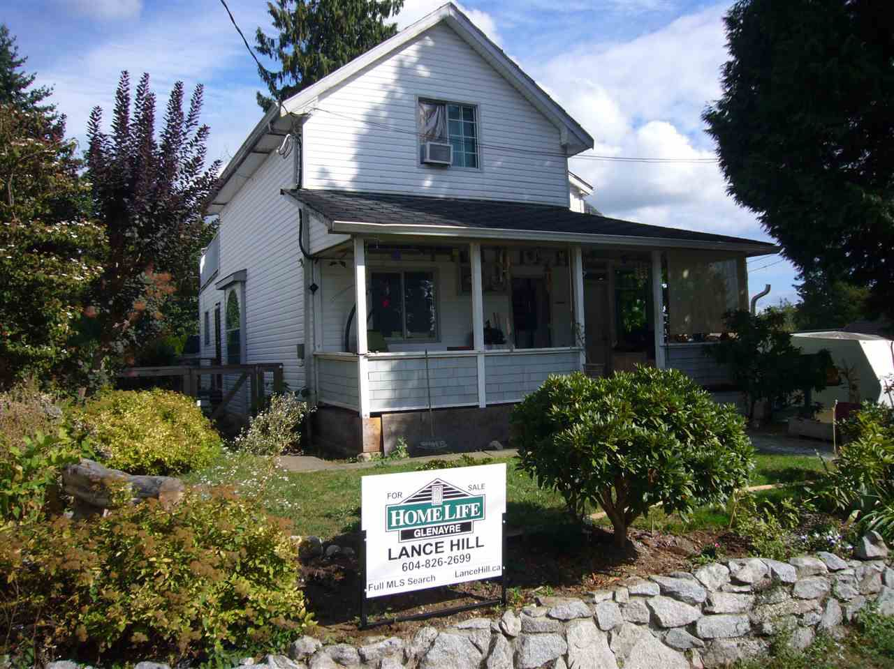 Main Photo: 7572 WELTON Street in Mission: Mission BC House for sale : MLS®# R2206271