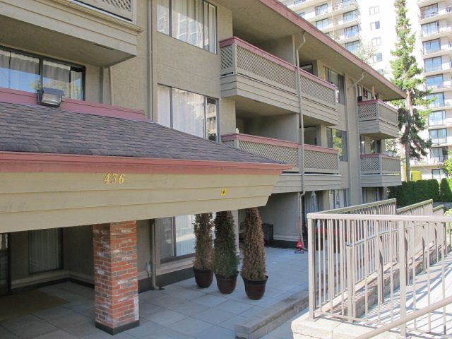Main Photo: 212 436 SEVENTH Street in New Westminster: Uptown NW Condo for sale : MLS®# R2209453