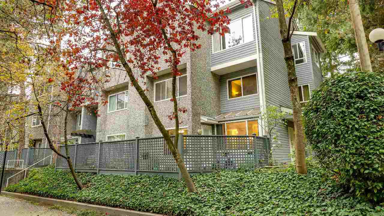 """Main Photo: 8003 E CHAMPLAIN Crescent in Vancouver: Champlain Heights Townhouse for sale in """"Champlain Ridge"""" (Vancouver East)  : MLS®# R2216541"""