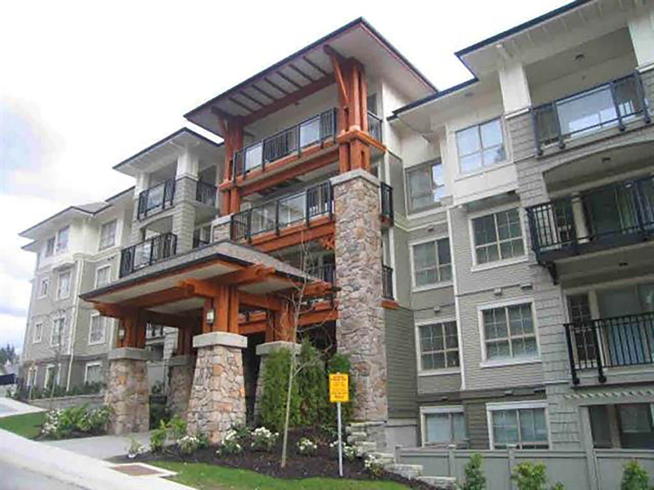 Main Photo: 309 2968 SILVER SPRINGS BOULEVARD in Coquitlam: Westwood Plateau Condo for sale : MLS®# R2237139