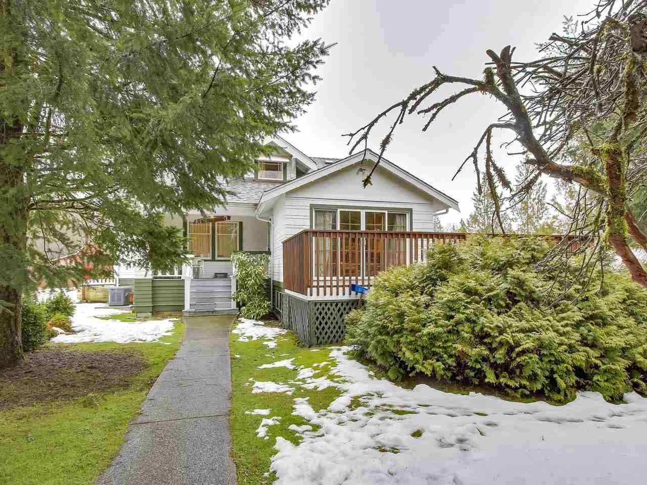 Main Photo: 11742 256 Street in Maple Ridge: Websters Corners House for sale : MLS®# R2243781