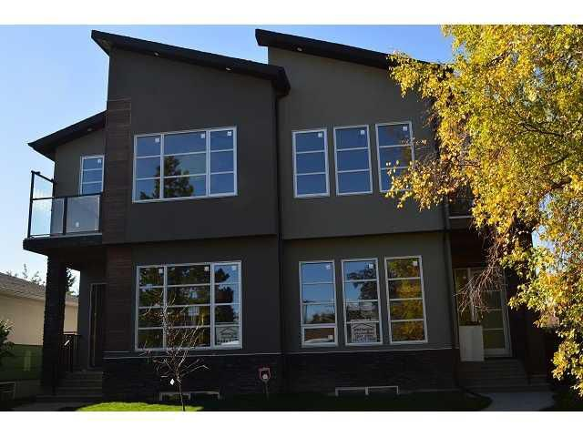 Main Photo: 2519 COCHRANE Road NW in Calgary: Banff Trail House for sale : MLS®# C3639301