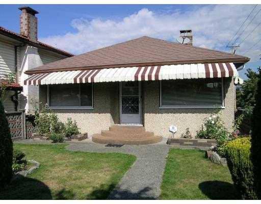 Main Photo: 2797 GRAVELEY ST in Vancouver: Renfrew VE House for sale (Vancouver East)  : MLS®# V555514