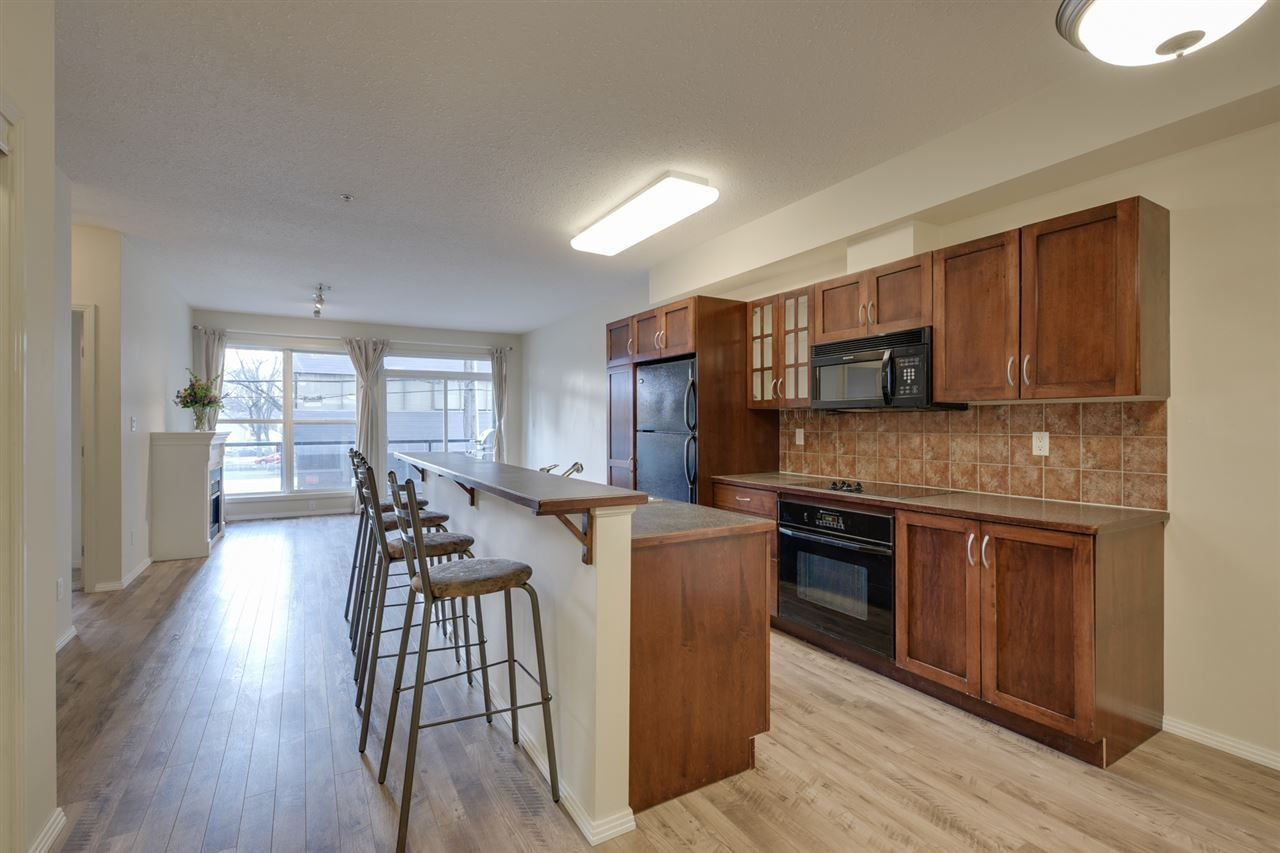 Main Photo: 216 11039 83 Avenue NW in Edmonton: Zone 15 Condo for sale : MLS®# E4136668