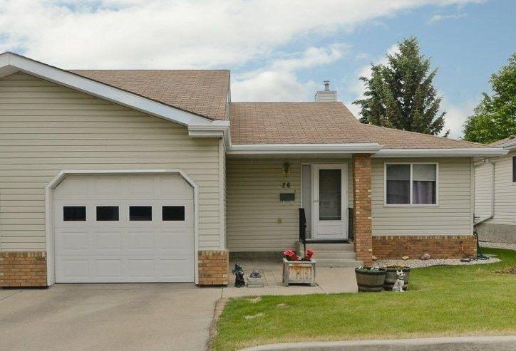 Main Photo: 26 903 109 Street in Edmonton: Zone 16 House Half Duplex for sale : MLS®# E4138310
