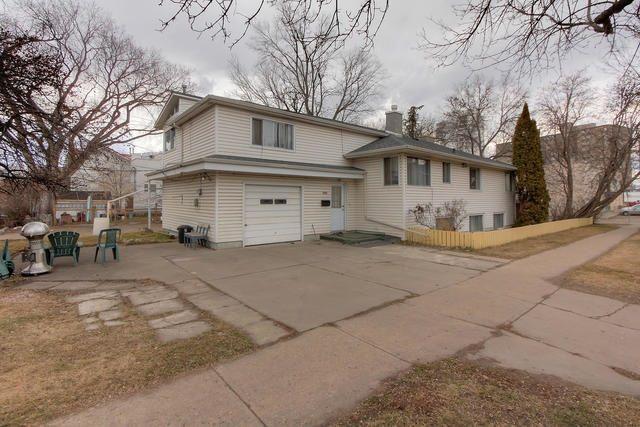 Main Photo: 8520 107 Street in Edmonton: Zone 15 House for sale : MLS®# E4151568