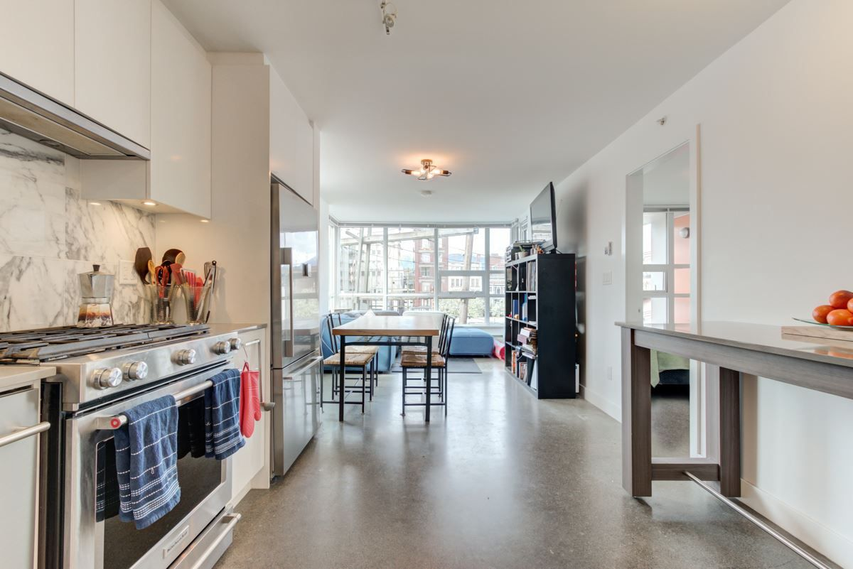 """Main Photo: 408 231 E PENDER Street in Vancouver: Strathcona Condo for sale in """"Framework"""" (Vancouver East)  : MLS®# R2364192"""