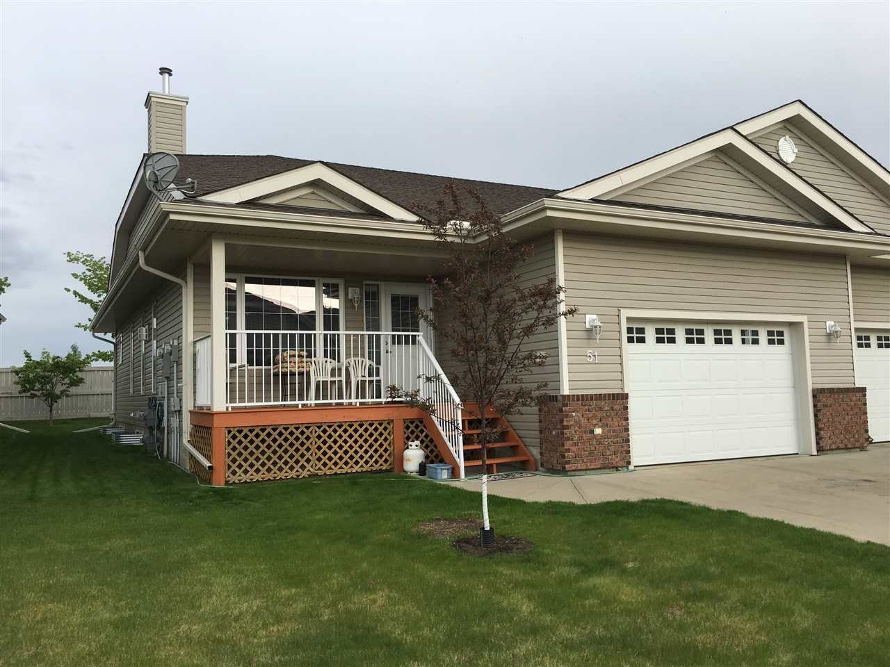 Main Photo: 51 8602 SOUTHFORT Drive: Fort Saskatchewan Townhouse for sale : MLS®# E4160403