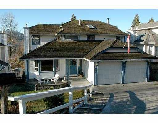 """Main Photo: 536 SAN REMO DR in Port Moody: North Shore Pt Moody House for sale in """"NORTH SHORE"""" : MLS®# V568547"""