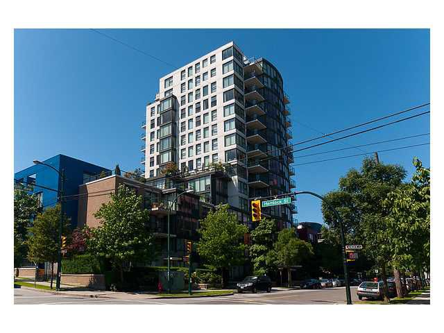 "Main Photo: 304 1428 W 6TH Avenue in Vancouver: Fairview VW Condo for sale in ""SIENA"" (Vancouver West)  : MLS®# V898930"