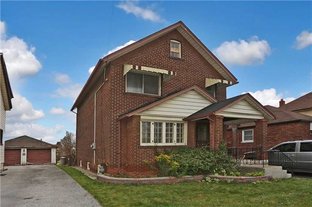 Main Photo: 149 S Ritson Road in Oshawa: Central House (2-Storey) for sale : MLS®# E3376900