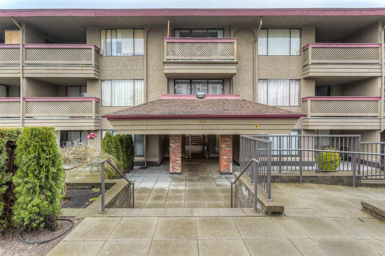 """Main Photo: 306 436 SEVENTH Street in New Westminster: Uptown NW Condo for sale in """"REGENCY COURT"""" : MLS®# R2028452"""